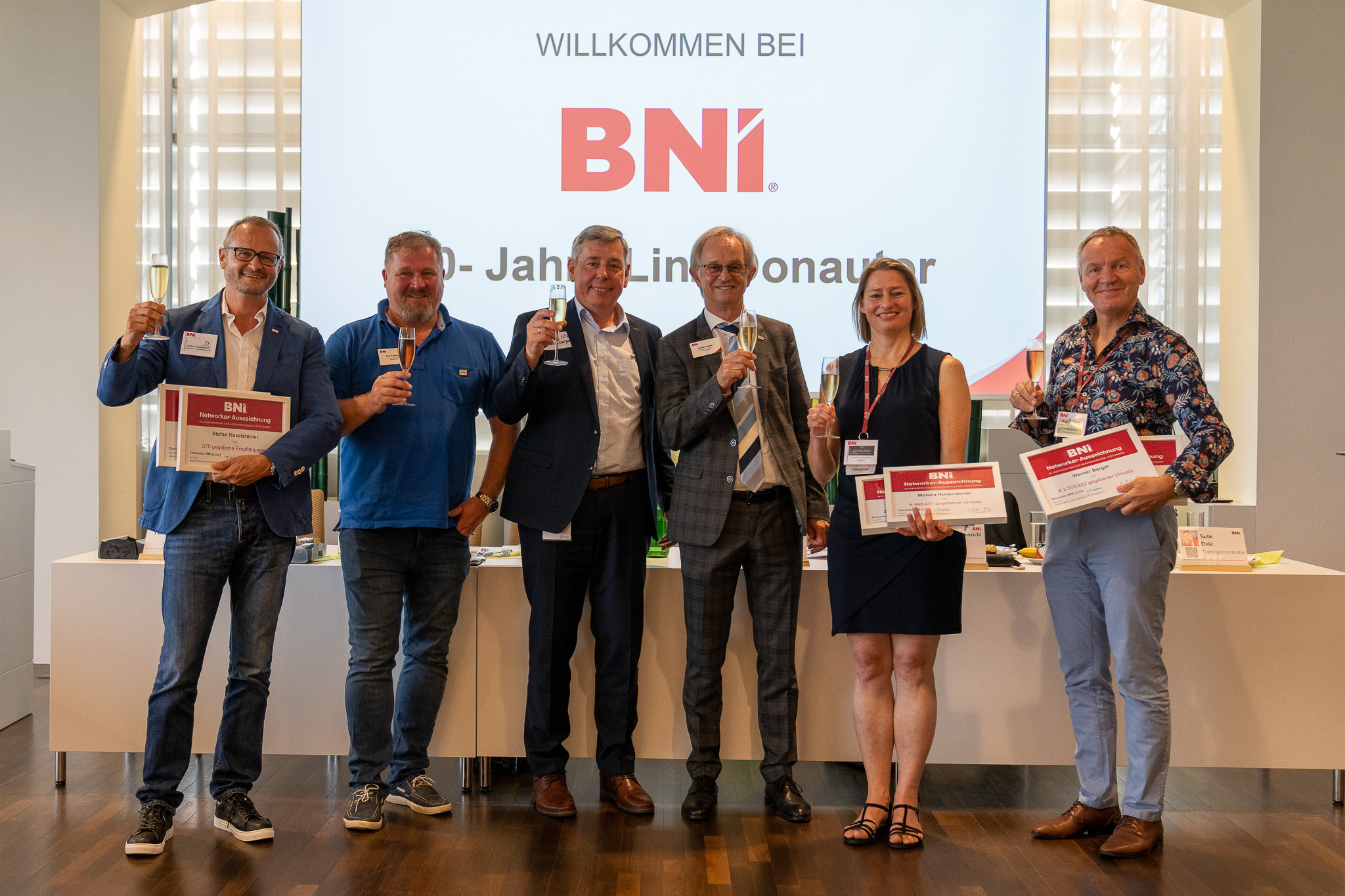 vlnr. Stefan Haselsteiner, Kurt Kurzbauer, Johann Bauernberger, Harald Kotterer, Monika Hohensinner und Werner Berger